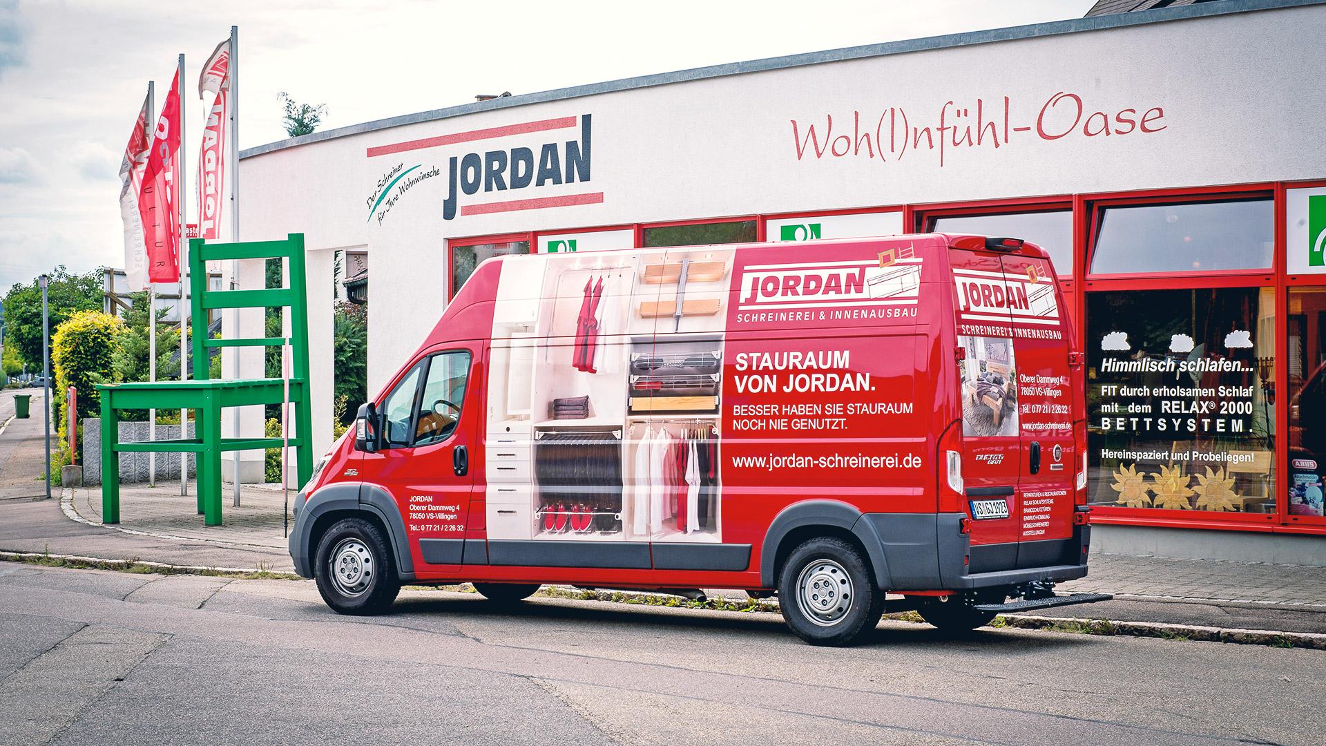 Vielseitige Werbetechnik für die Schreinerei Jordan