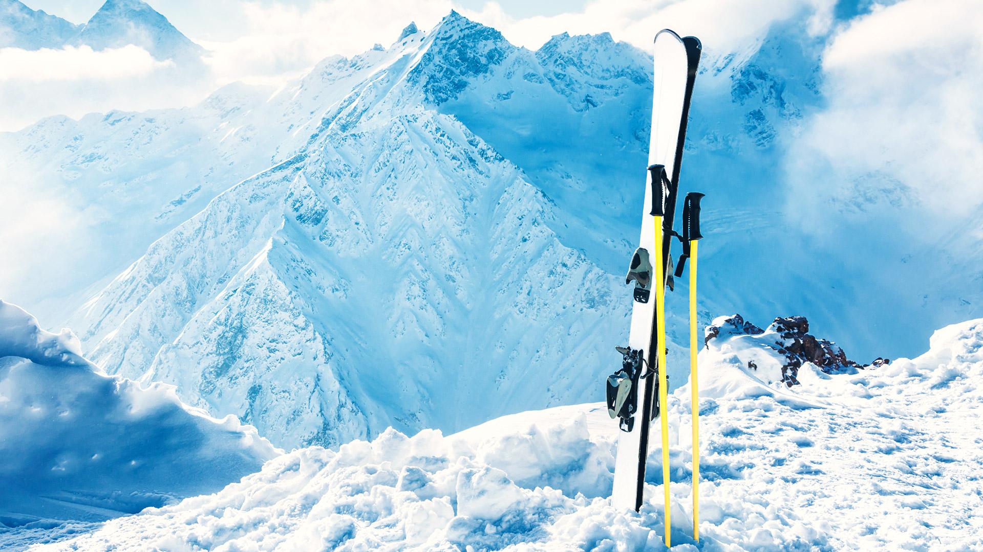 Gelungene Informationsbroschüre Winterreisen für Sport Mueller GmbH